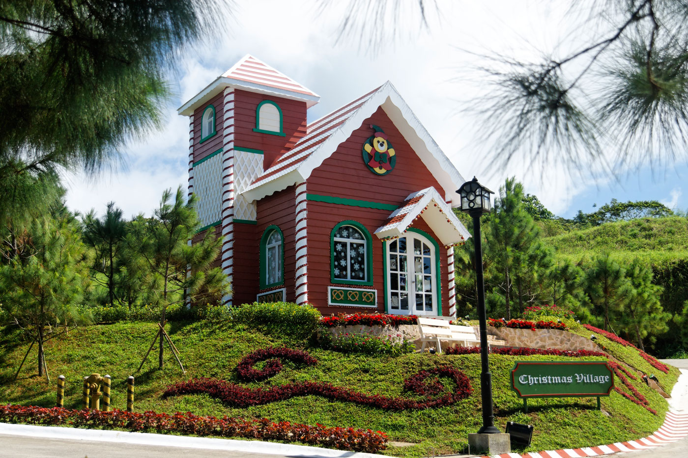 Crosswinds resort suites tagaytay by hii - Crosswinds tagaytay swimming pool ...